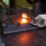 鍛造(たんぞう)とは|熱間から冷間まで「鍛造」の分類と、産業機械の鍛造品ついて解説
