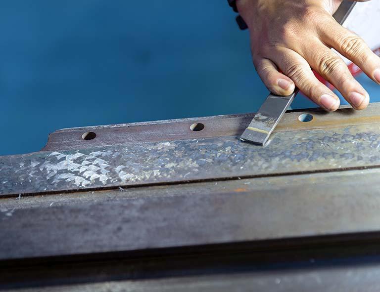 きさげ加工とは|きさげ加工の工程と工作機械でのきさげ加工ついて解説