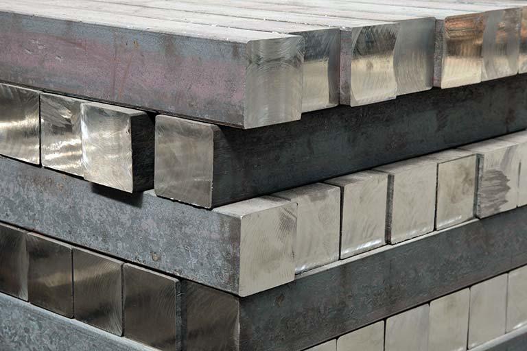 切削加工からプレス加工へ|難削材・ステンレス加工の工法転換事例を紹介