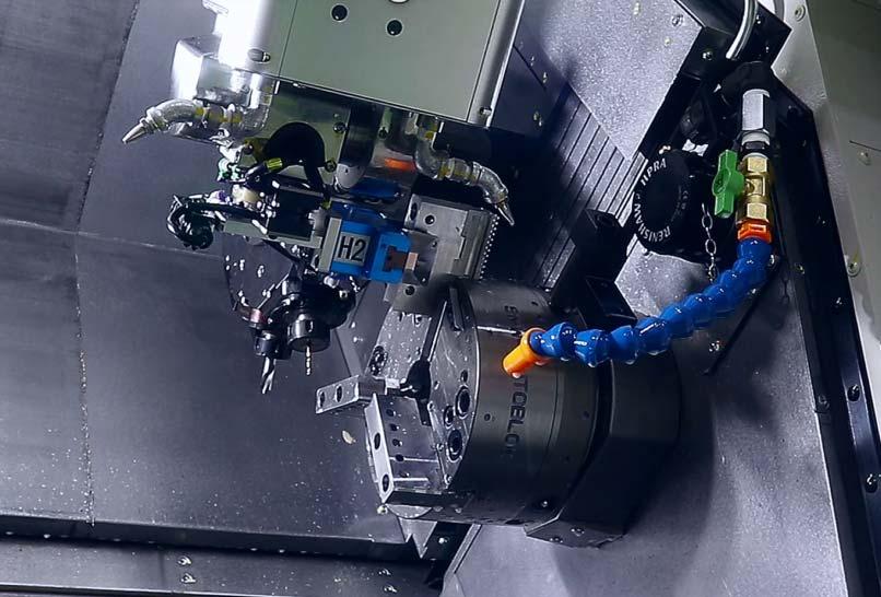複合加工機の自動化 多品種少量の無人化が実現するフレックスアーム